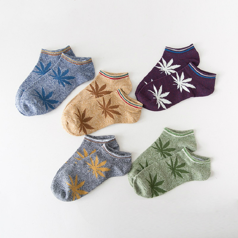 New-Fashion-Handsome-Men-Socks-Maple-Leaf-Socks-Skateboard-Men-Socks-Hemp-Socks-Cotton-Fashion-People